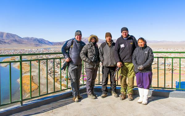 von links Thomas und Ursula Wechsler, Fahrer Merenkhaan, Reiseleiter Frank und Odmaa auf Ihrer Reise mit Odkha Travel in Ulgii